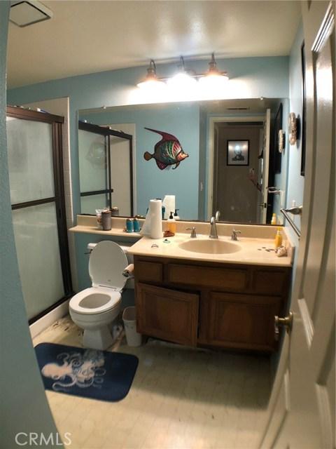 1881 Wedgewood Ave, Upland CA: http://media.crmls.org/medias/0b8c1ea3-05ba-41f7-a42b-cbffd7c25475.jpg