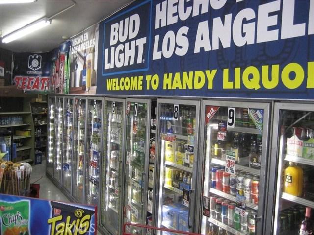 1441 Valinda Avenue, La Puente CA: http://media.crmls.org/medias/0b9f503f-c495-40f5-b1c7-e562c15c1f27.jpg