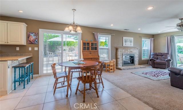 714 Ardmore Avenue, Redlands CA: http://media.crmls.org/medias/0ba75cd7-9804-4518-9fe7-28f6986b9ab4.jpg