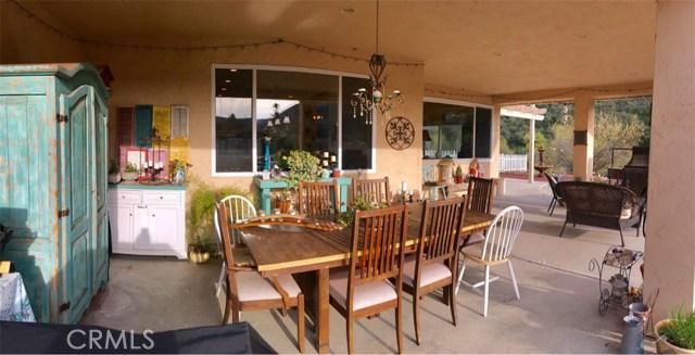 45126 Palomino Road, King City CA: http://media.crmls.org/medias/0bb7c1be-b3a9-4cdf-9a19-7d50da4e6cfc.jpg