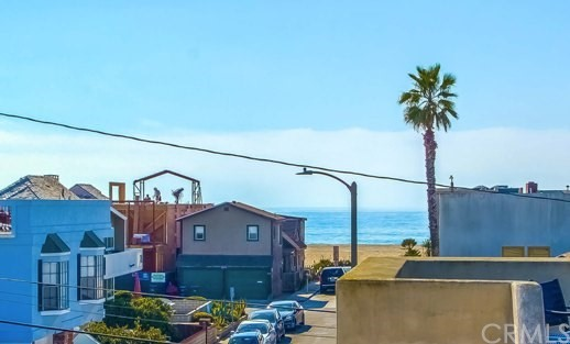 3701 W Balboa Boulev Newport Beach, CA 92663 is listed for sale as MLS Listing LG18028257