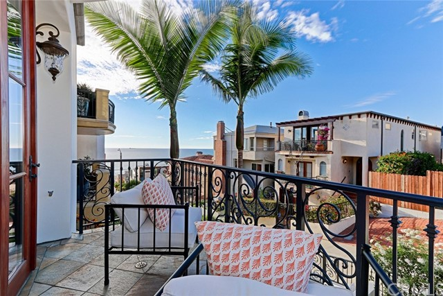 Additional photo for property listing at 224 31st Street 224 31st Street Manhattan Beach, Kalifornien,90266 Vereinigte Staaten
