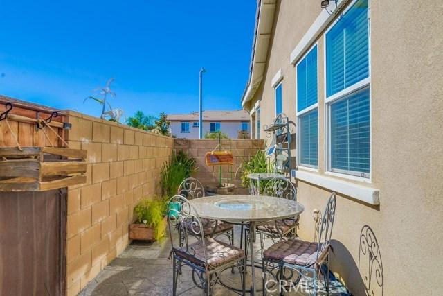 35508 Sainte Foy Street, Murrieta CA: http://media.crmls.org/medias/0bd4fdfb-6e52-4fb3-8c0e-7339b168dda0.jpg