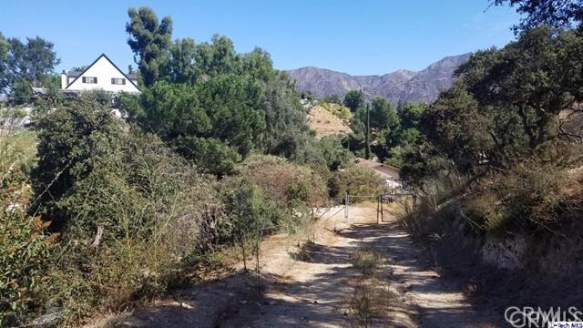 7148 Estepa Drive, Tujunga CA: http://media.crmls.org/medias/0bd8ea00-d33c-48ec-ad2d-c403e818a54d.jpg