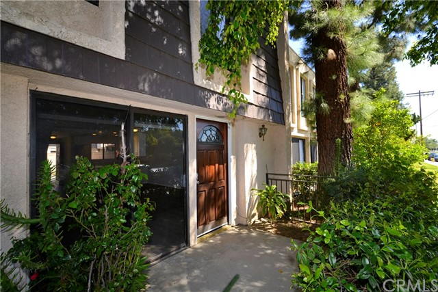 Townhouse for Sale at 15059 Chatsworth Street Mission Hills, California 91345 United States