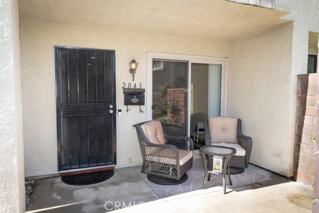 2043 S June Place, Anaheim CA: http://media.crmls.org/medias/0bee196b-8c47-4f3f-aa73-f97cba815ed8.jpg