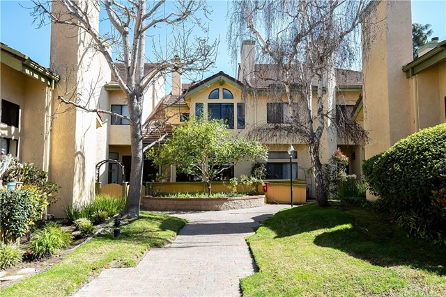 4438 Spencer Street, Torrance, California 90503, 2 Bedrooms Bedrooms, ,2 BathroomsBathrooms,Townhouse,For Sale,Spencer,SB20041701