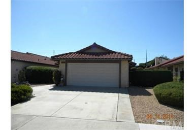 Single Family Home for Rent at 27123 Stagewood Sun City, California 92586 United States