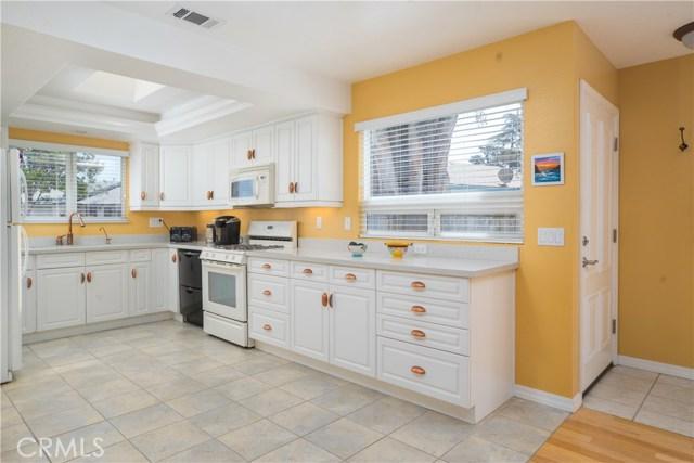 1298 Driftwood Street, Grover Beach, CA 93433