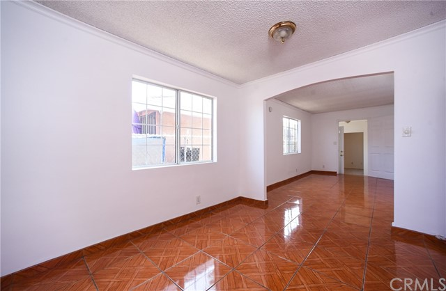 11224 Towne Av, Los Angeles, CA 90061 Photo 6