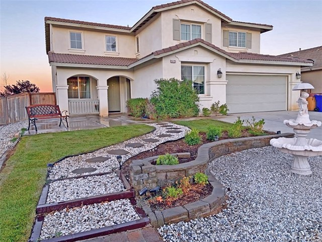 Detail Gallery Image 1 of 1 For 15123 Strawberry Ln, Adelanto, CA 92301 - 6 Beds | 3 Baths
