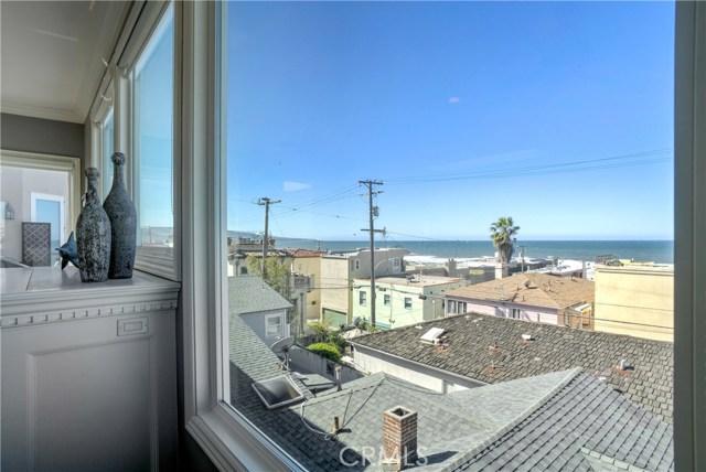 130 30th Street, Hermosa Beach CA: http://media.crmls.org/medias/0c3ebdd9-9307-446e-910c-c4e227231333.jpg