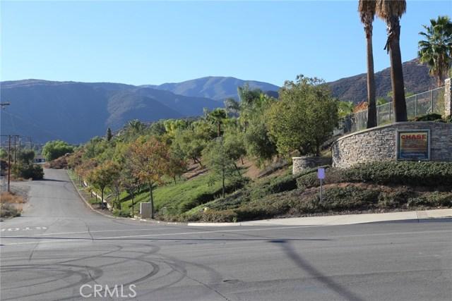 1709 Galloway Lane, Corona CA: http://media.crmls.org/medias/0c44203f-e3da-4007-90c5-3b07756031db.jpg