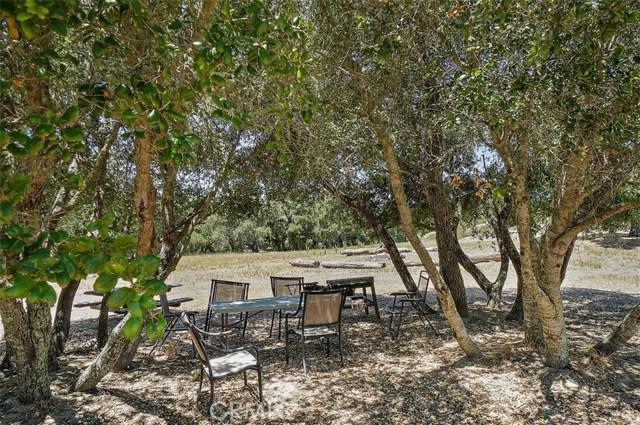 2155 Saucelito Creek Road, Arroyo Grande CA: http://media.crmls.org/medias/0c51da28-e60e-41fb-9cdc-e7aa93959d5a.jpg