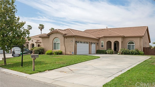 273 Wyatt Circle , CA 92860 is listed for sale as MLS Listing CV18128516