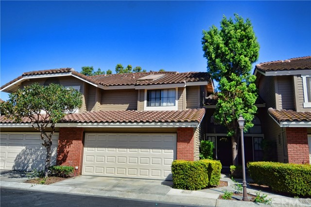 Townhouse for Sale at 16710 Picadilly Lane 16710 Picadilly Lane Cerritos, California 90703 United States