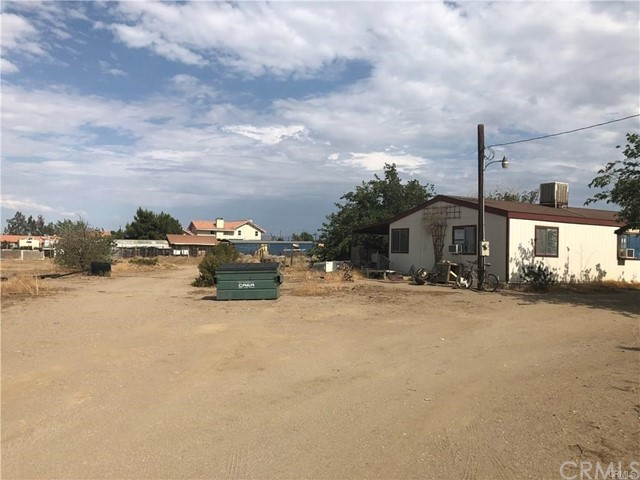 11973 Daisy Road,Victorville,CA 92392, USA