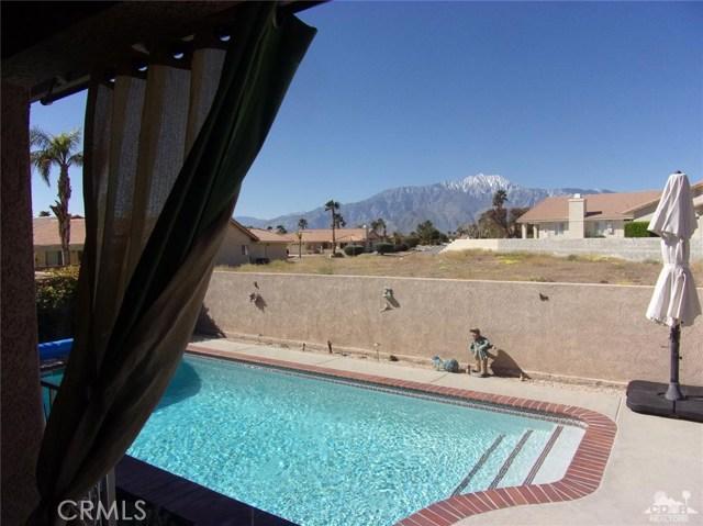 9351 Brookline Avenue, Desert Hot Springs CA: http://media.crmls.org/medias/0c88b66b-39e1-45fc-bd5f-04c3b137f925.jpg