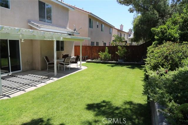 110 Smokethorn Street, Corona CA: http://media.crmls.org/medias/0c91da0d-b767-4db9-8781-2249620377b3.jpg