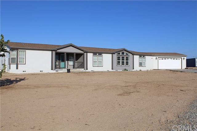 9325 Sonora Road Phelan CA 92371