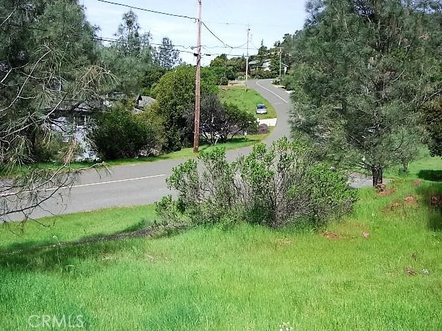 18605 Pine Flat Court, Hidden Valley Lake CA: http://media.crmls.org/medias/0ca381db-3aa2-42e4-a2c8-b8dc1ada3115.jpg