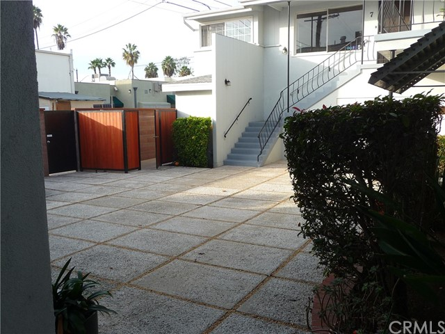 629 E Carson St, Long Beach, CA 90807 Photo 2