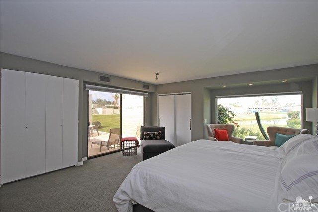 34868 Mission Hills Drive, Rancho Mirage CA: http://media.crmls.org/medias/0cbb8e63-112b-4e1e-b1f0-ed23d0734ff6.jpg