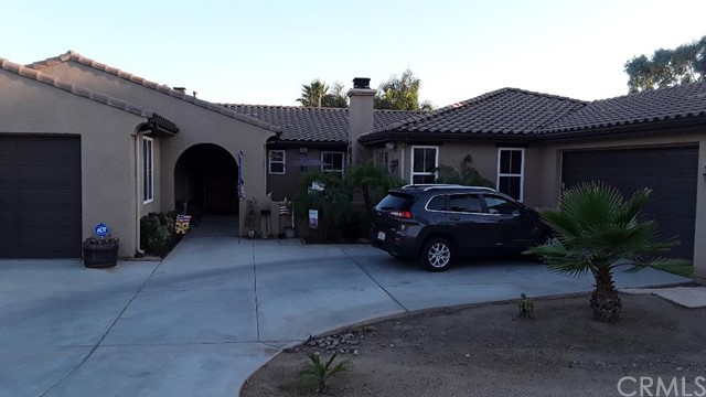Photo of 17505 La Serena Court, Riverside, CA 92504
