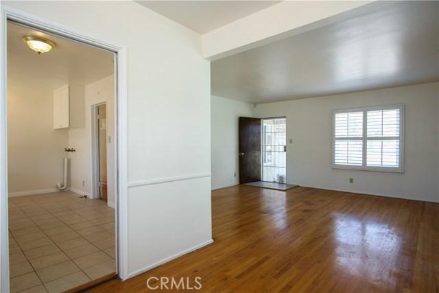 1222 W 187th W Street, Gardena CA: http://media.crmls.org/medias/0cc2c331-3c34-4496-9af3-52c9995f7f3c.jpg