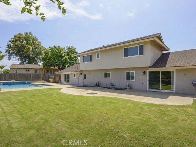 7891 Chula Vista Drive, Rancho Cucamonga CA: http://media.crmls.org/medias/0cc7d7ad-c8e5-4e67-b74e-190264439987.jpg