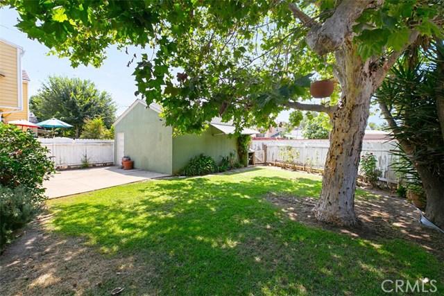 1424 E Armando Drive, Long Beach CA: http://media.crmls.org/medias/0ccae933-ad19-43b0-8f32-b1dba6d745f7.jpg