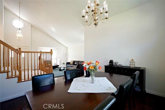 1720 Morning Terrace Drive, Chino Hills CA: http://media.crmls.org/medias/0cce287a-5799-4657-aca5-749a12017749.jpg