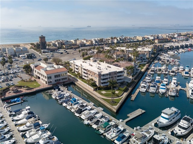 2872  Coast Circle, Huntington Harbor, California