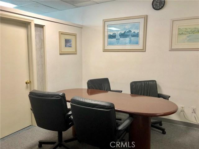 1111 Corporate Center Drive, Monterey Park CA: http://media.crmls.org/medias/0cfa4934-0b62-4ee0-af48-b7bab2ec959c.jpg