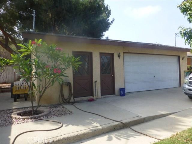3481 Grant Street, Corona CA: http://media.crmls.org/medias/0cfcd264-9da1-4001-8426-26d2197a2c40.jpg