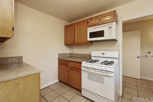 423 Harps Street San Fernando, CA 91340 - MLS #: OC18111859