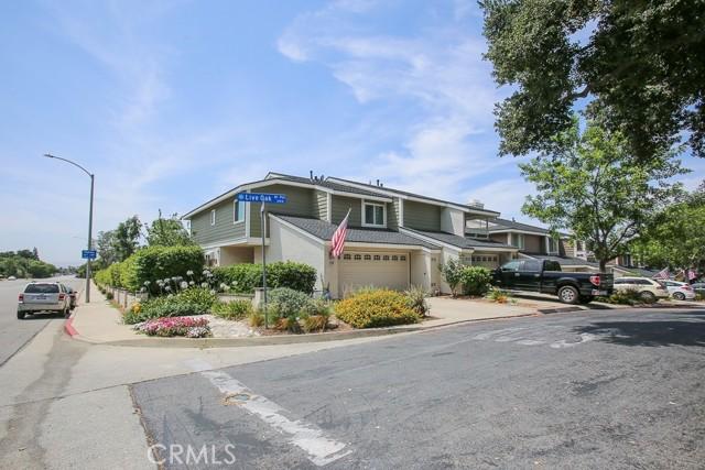 3788 Live Oak Drive, Pomona CA: http://media.crmls.org/medias/0cfe10e0-1d5b-469a-a2ea-ed4f14acac63.jpg