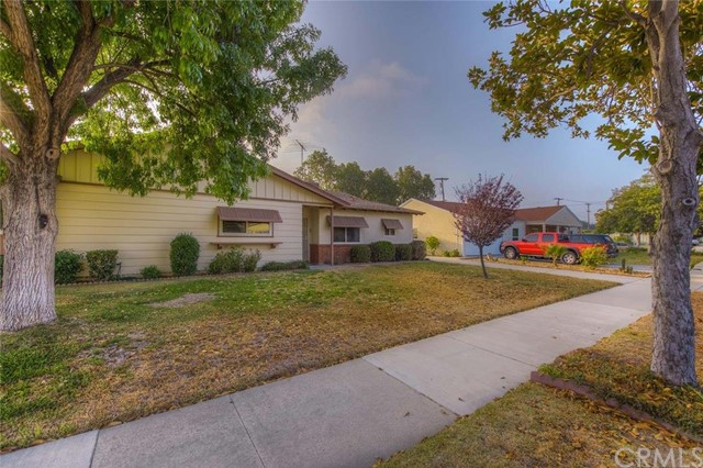 6930 El Camino Place Riverside, CA 92504 is listed for sale as MLS Listing OC16150054