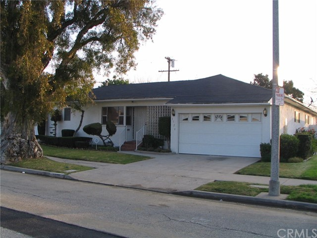 Single Family Home for Sale at 3726 Olmsted Avenue Los Angeles, California 90018 United States