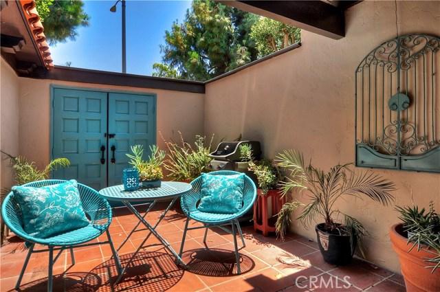 3024 Club House Circle, Costa Mesa CA: http://media.crmls.org/medias/0d115c81-f814-40a2-bb49-b1de18658adc.jpg