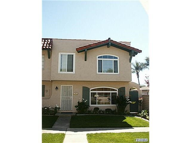 Single Family Home for Rent at 10059 Los Caballos St Fountain Valley, California 92708 United States