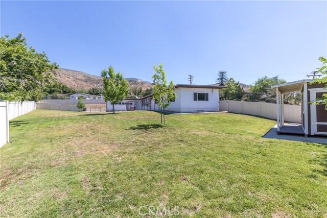 5566 N Mountain View Avenue, San Bernardino CA: http://media.crmls.org/medias/0d14cd24-8d24-4dfc-b0ca-2b5652fada70.jpg