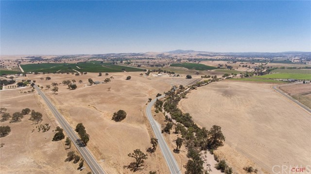 Property for sale at 5225 E Highway 41, Paso Robles,  CA 93446