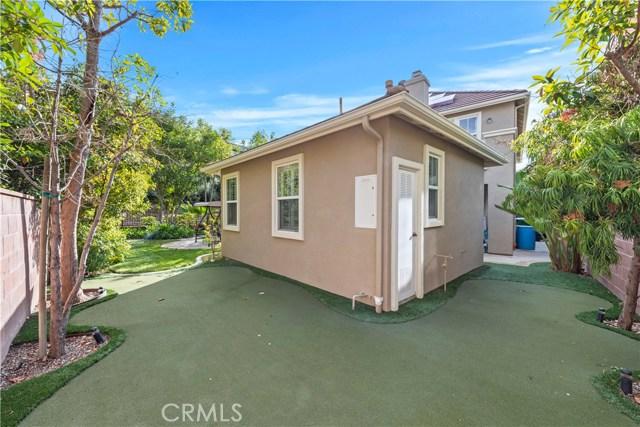 1 Flintridge Avenue, Ladera Ranch CA: http://media.crmls.org/medias/0d238565-b32e-4afc-95f9-2a0f6b4419d7.jpg