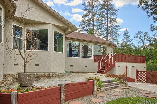 50089 Stillmeadow Lane Oakhurst, CA 93644 - MLS #: YG17141473