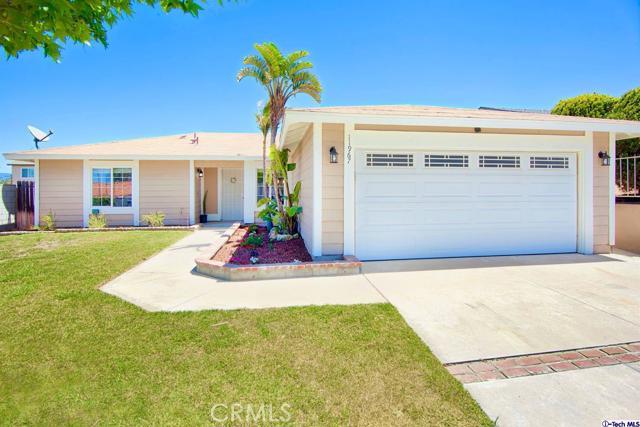 11967 Jasmine Place, Fontana, California 92337, 3 Bedrooms Bedrooms, ,2 BathroomsBathrooms,Residential,For Sale,Jasmine,320006031