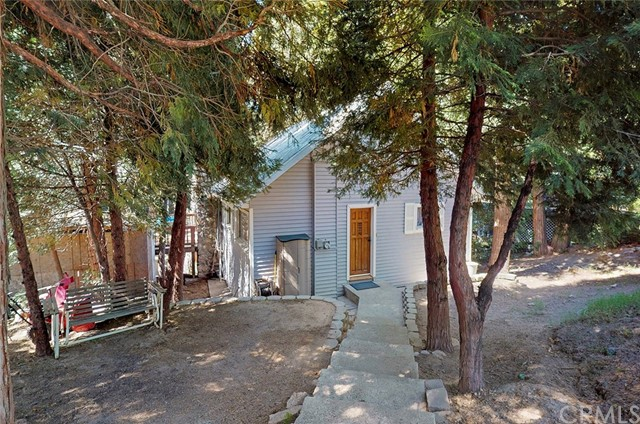 637 Alpine Ln, Twin Peaks, CA 92391 Photo