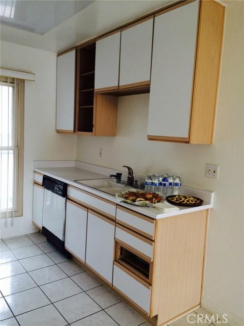 Condominium for Rent at 8650 Belford Avenue Westchester, California 90045 United States