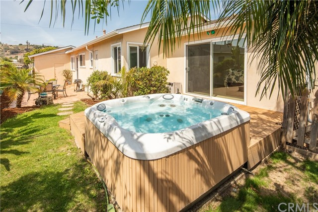 4913 Louise Avenue, Torrance CA: http://media.crmls.org/medias/0d5001ca-08f8-4896-8589-b8f7cf292266.jpg