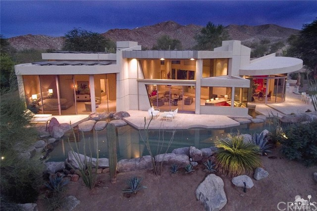 Single Family Home for Sale at 173 Tamit Place Palm Desert, California 92260 United States
